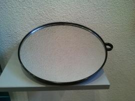 Handspiegel , spiegel met handvat ,  doorsnede 27 cm. , kleur zwart.