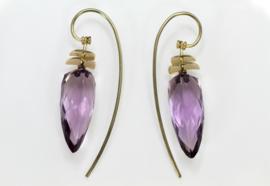 Amethist oorbellen met goud