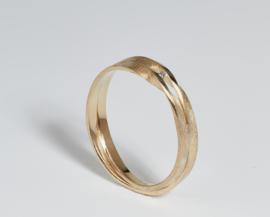Gouden wikkel ring enkel