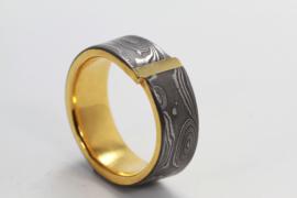 Martin Steinhorst damast ring met gouden strip