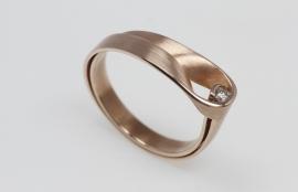 Vincent van Hees roodgouden ring Don klein