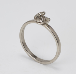 Medusa knopjes ring witgoud