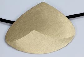 Gouden hanger Chauvent
