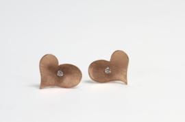 Roodgouden hartjes oorbellen