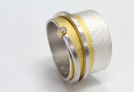 Manu schmuck ring met diamant