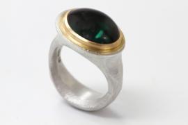 Cleopatra ring met groene toermalijn ( groot )