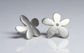 Quinn Ohrstecker Silbern Blumen