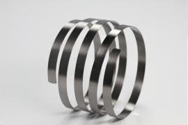 Ruwinzki zwart zilveren spiraal armband