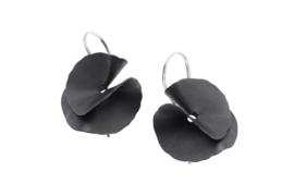 Deco Echo zwarte oorbellen ( vouw model )