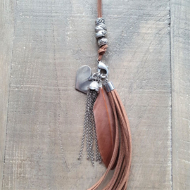 Clip On Ketting Bruin  [7024]