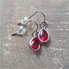 Little Red Facetted Crystal Drops  [8456]