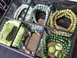 Natuursteen groen, jade, agaat en schelp