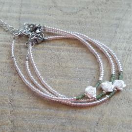 Armbandje Mini Roze Roosje  [1126]