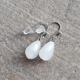 Crystal Milky White Ear Drops 12 mm  [8196]