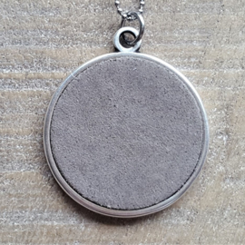 Ketting/Bedel XXL Taupe Suede  [2576]