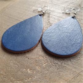 Kobaltblauwe Gladleren Oorbeldruppels aan Goud/Zilver  [8457]