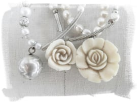 Ivory Roses  [D157]