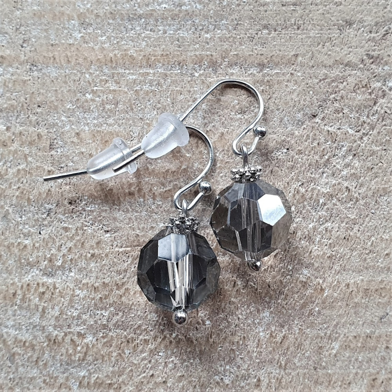 Oorbellen Facet 10 mm Licht Zwart Transparant  [8400]