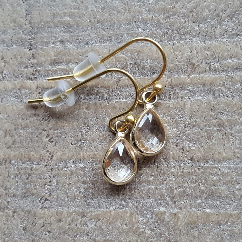 Little Transparant Facetted Crystal Drops Gold  [8343]