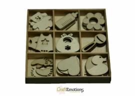 Houten ornamenten baby 45 pcs - box 10,5 x 10,5 cm