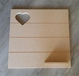 Wandbord hartje met plankje (55x55 cm)