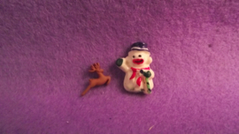 Decoratie sneeuwpop + hert