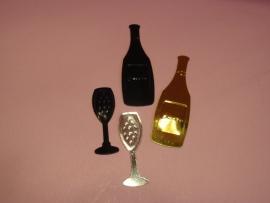 Decoratie 2 flessen en 2 glazen