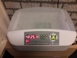 Dragon premium incubator, Voor 6 krekelbakjes