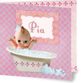 Geboortekaartje Pia | meisje in bad