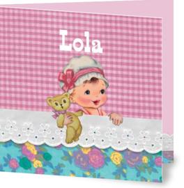 Geboortekaartje Lola | meisje in bed roze