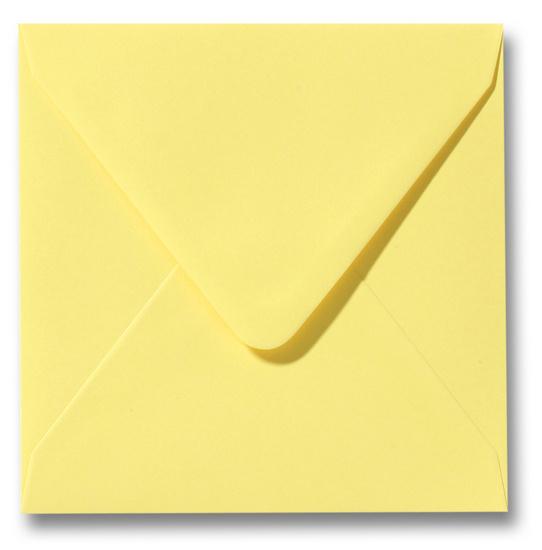 kanariegele enveloppen