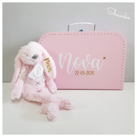 Kraampakket koffertje met naam en Happy Horse knuffel met naam - Simplicity | Kraamcadeau pakket met naam | Voordeelpakket