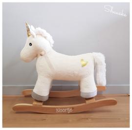 Houten Hobbelpaard met naam | Hobbelpaard Pluche met naam | Jabadabado Unicorn
