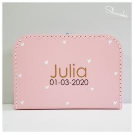 Kinderkoffertje met naam en hartjes | Kraamcadeau met naam