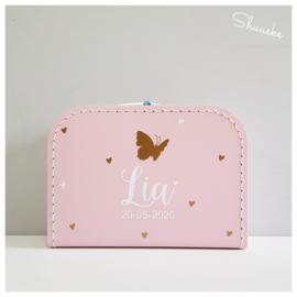 Kinderkoffertje met naam, vlinder en hartjes - You Give Me Butterflies | Kraamcadeau met naam