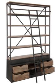 Kast met ladder
