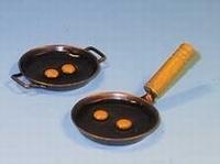 EM6132 Pan met eieren, per 2