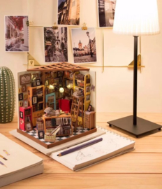 DG102 Sams Studeerkamer - met LED licht – DIY