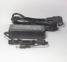 VM-FKJ1001 Transformator 4000mA tot 80 lampjes