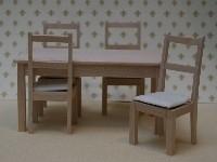 WH-BU207 Set tafel met 4 stoelen, blank hout