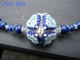 Lapis Lazulli met beaded bead