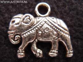 mb006 metalen bedel versierde olifant