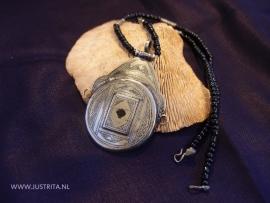 T 49 Toeareg zilveren amulet / Tuareg silver amulet