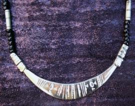 T 16 Toeareg zilver collier / Tuareg silver necklace