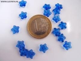 Cblo04 Bloemetje blauw 7 x 3 mm (50 stuks)