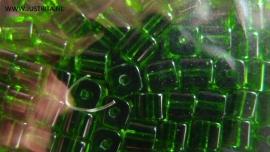 Zakje kubus glaskralen groen