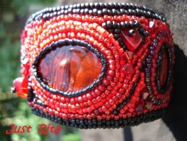 "Armband ""Red Passion"""