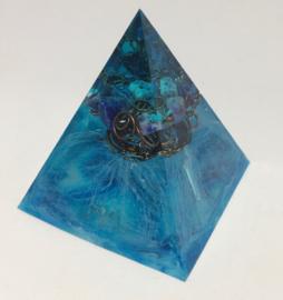 Pyramide Blauw met Sodaliet