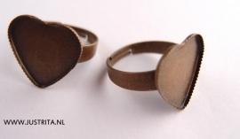 Ring voor cabochon hartje antiek brons