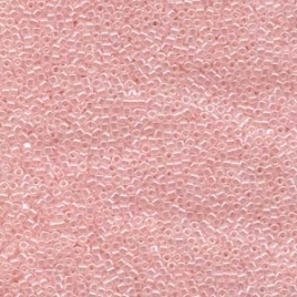 M-11-DB 0234 Lined Crystal Pale Salmon